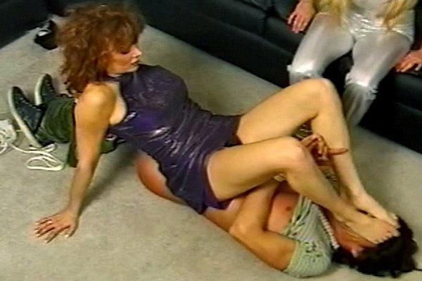 Amateur Nudes : Double-Team Discipline!