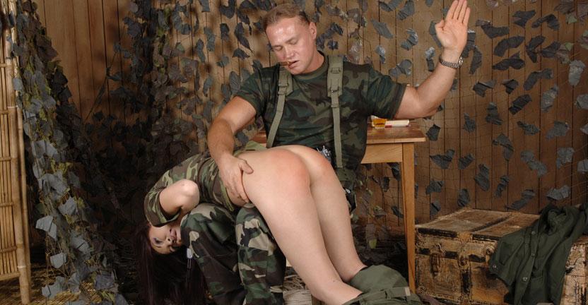 девушки из армии секс фото на пляже