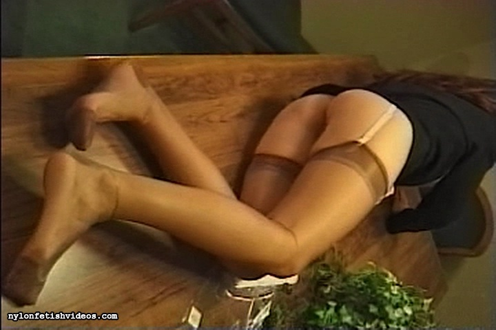 Everything about pantyhose fetish welcome