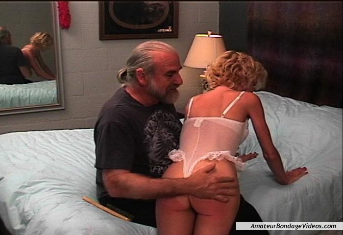 Girl in sexy bikini fuck gif