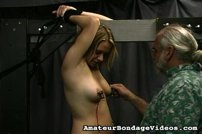 Bondage Porn : Dungeon Initiation!