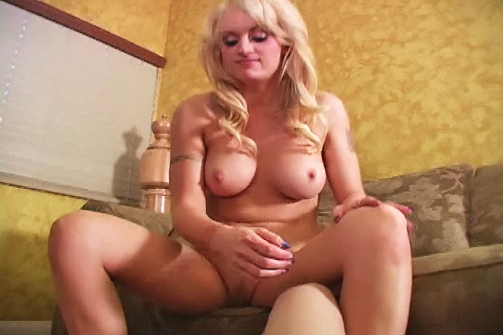 Monica mayhem ballbusting
