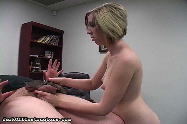Ball Busting Face Sitting - Pornhubcom