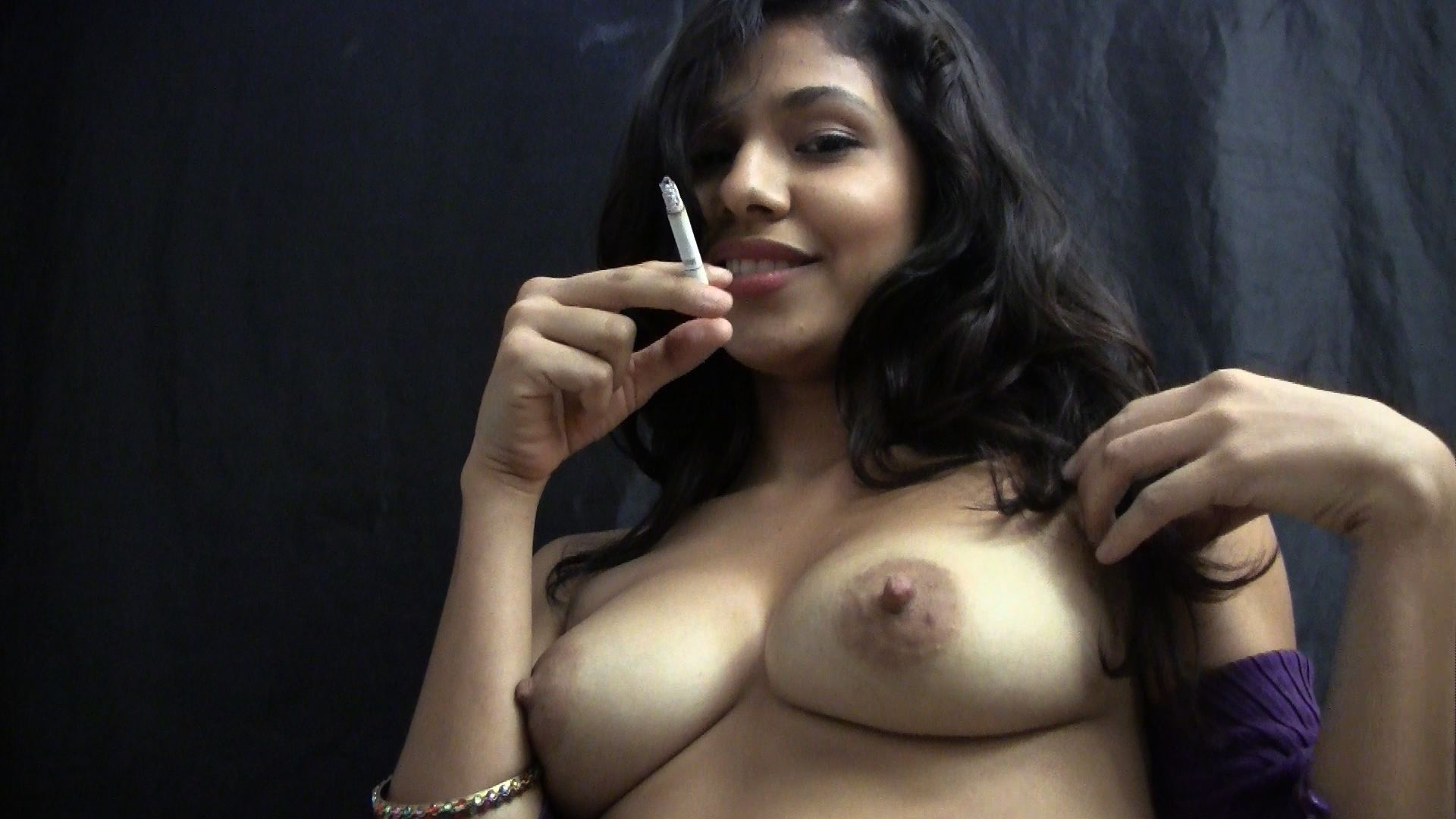 Latina smoking fetish