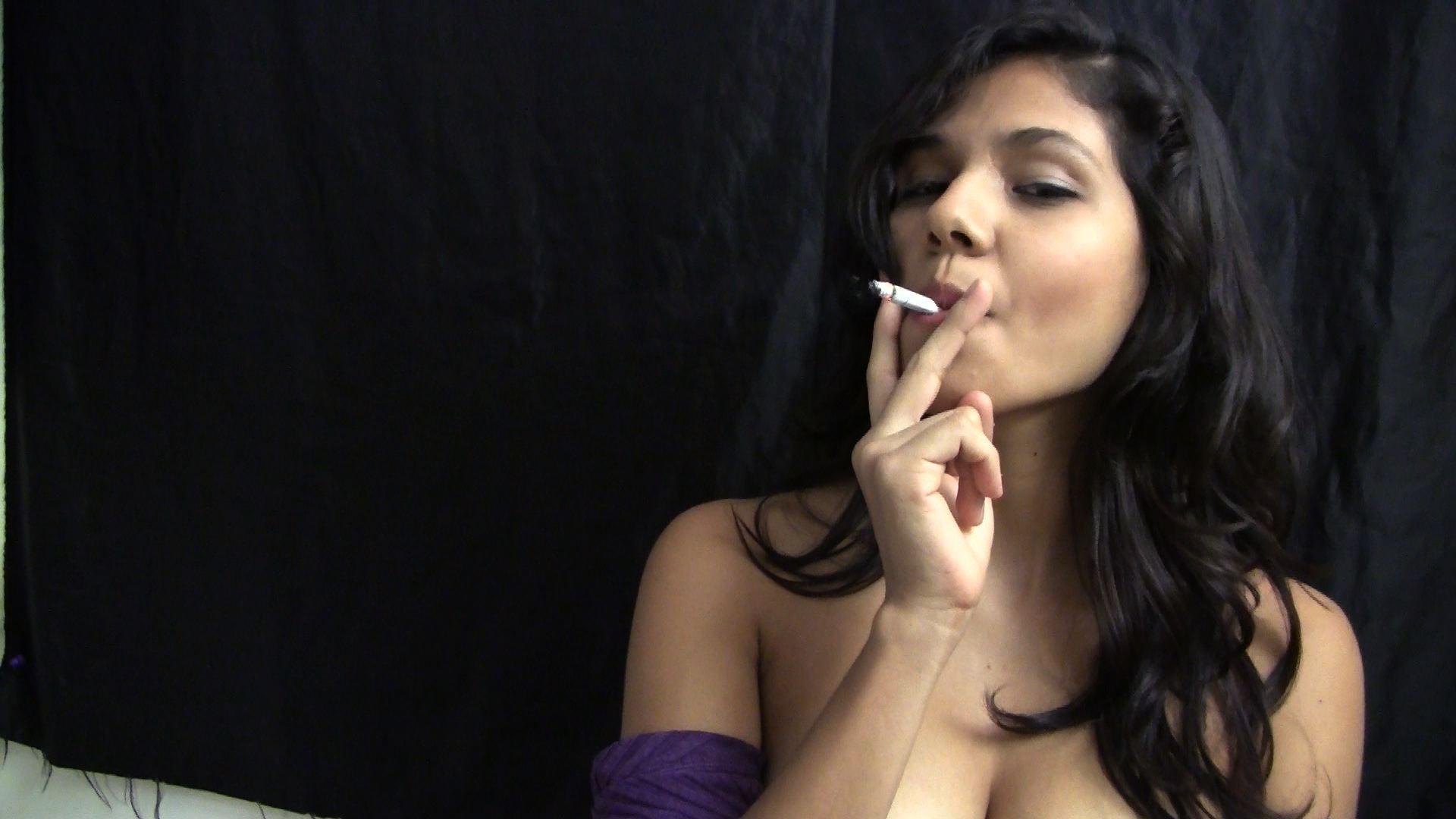 fumar gay femdom
