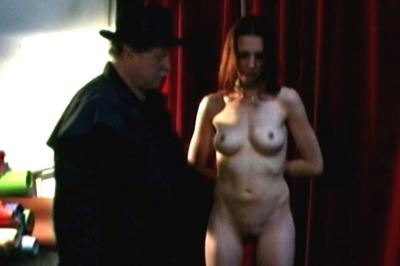 BDSM Library : Naked slaves Sasha and Delilah tied up!