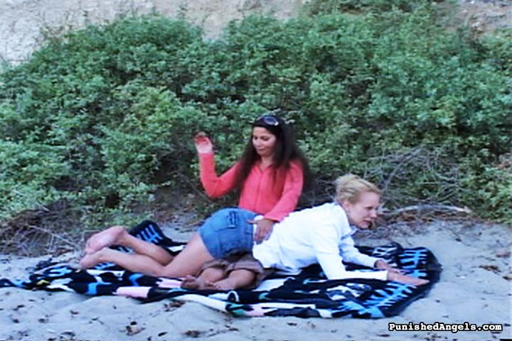 04 Otk Bare Bottom Spankings   Beach Blanket Spanking