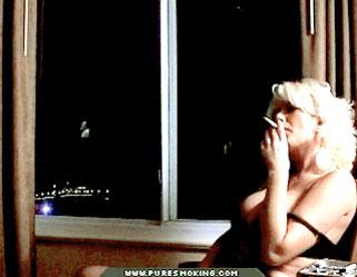 04 Free Pictures Of Naked Women Smoking Cigarettes   Smoking Voyeur