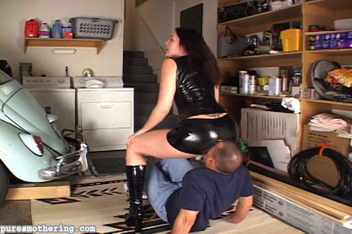 Two women guy vibrator sex
