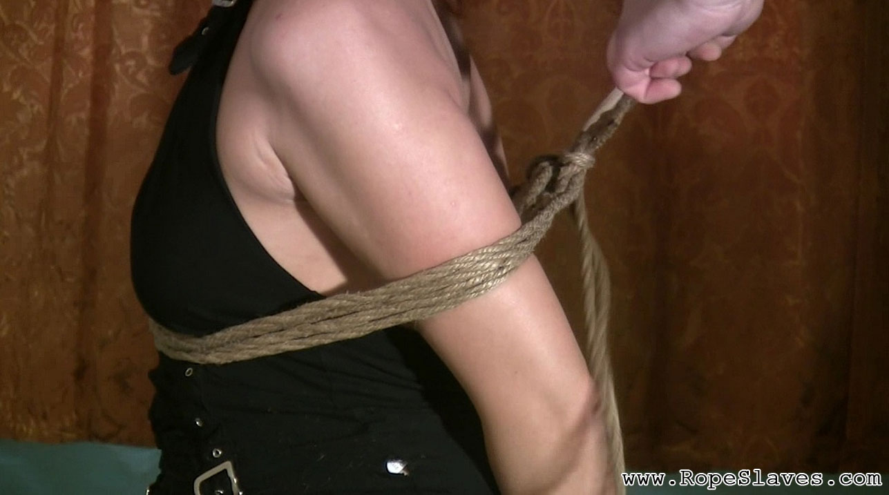 02 Bdsm Fetish Florida   Hot Shibari Bondage Free videos from BDSMTicket.com   Busty slave gets a latex mask on her face